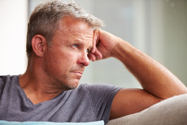what are the symptoms of low testosterone